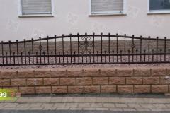 Zaunfelder-aus-Polen-in-Antik-Kupfer-mit-Kugeln
